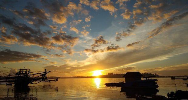 Keindahan Pulau Tello, Nias Selatan Di Pagi Hari - Berita